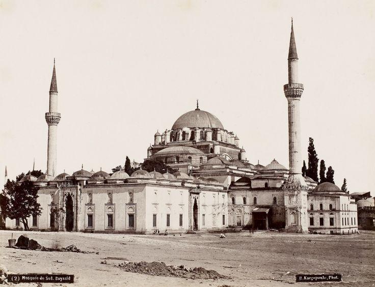 Beyazıt Camii Basile Kargopoulo fotoğrafı, 1875