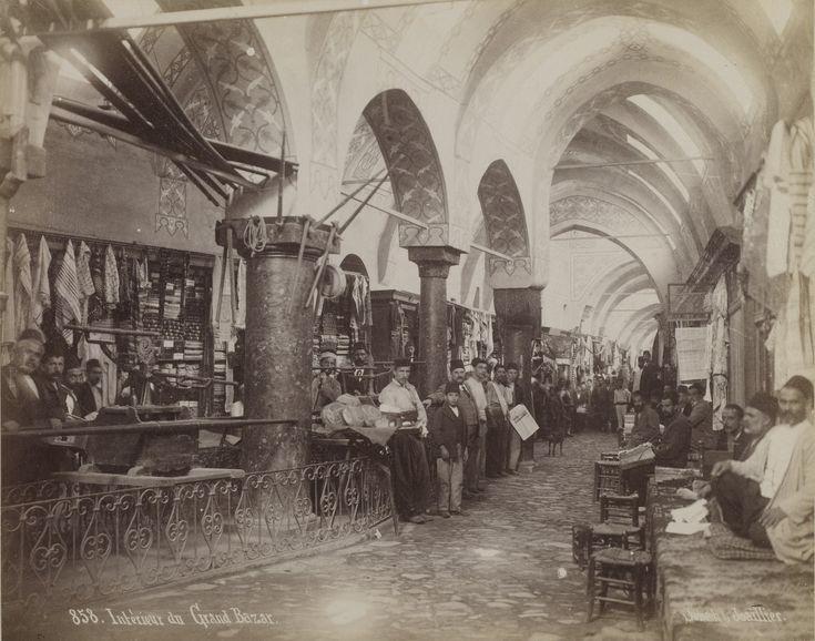 Kapalıçarşı Esnafı / Sébah & Joaillier Fotoğrafı | Eski İstanbul Fotoğ...