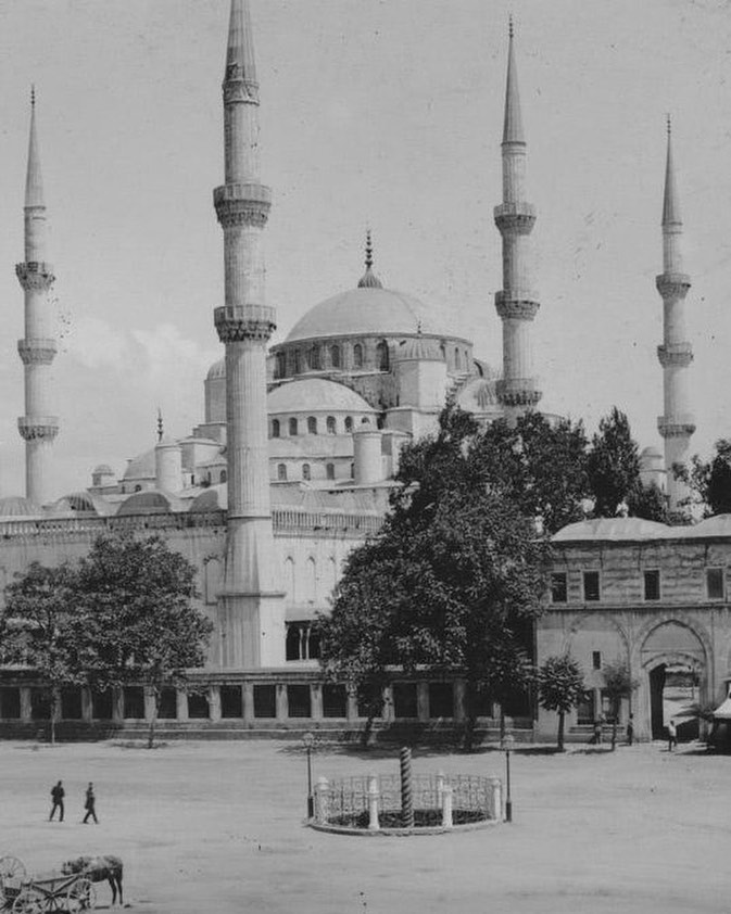 Mosque of Sultan Ahmed, Istanbul, 1900s. . Love history? Become one of our patro...